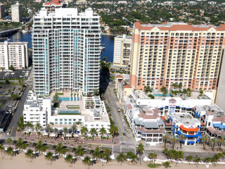 Las Olas Beach Club photo #1651
